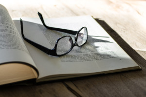 Book-and-glasses-free-license-CC0-980x651